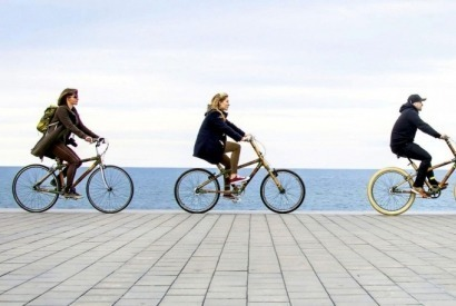 Organizing a bachelor or bachelorette party by bike